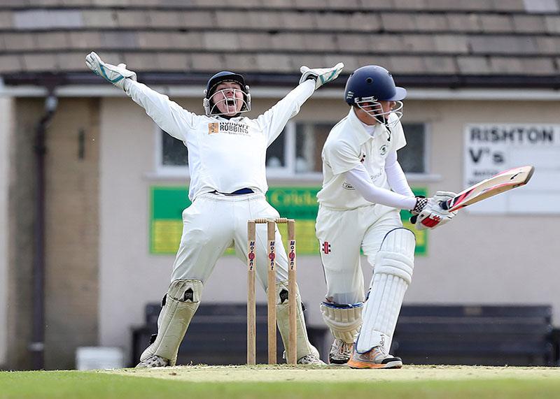 sports photography shot of a cricket match